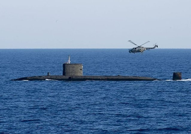 HMS Talent (S92) with Lynx in the Mediterranean Sea