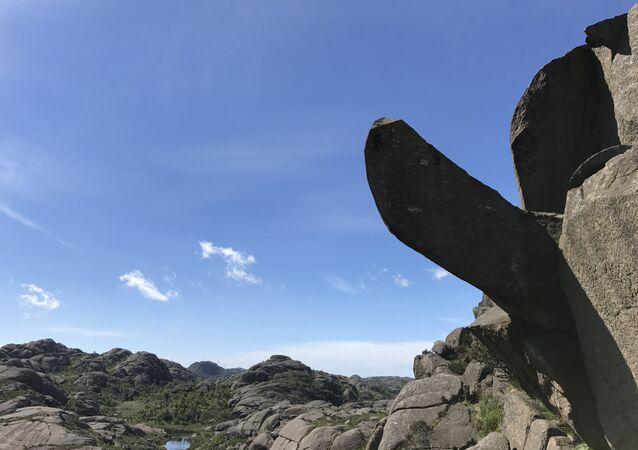 Picture taken on June 17, 2017 shows the Trollpikken rock formation in Egersund, western Norway, before it has been vandalised.