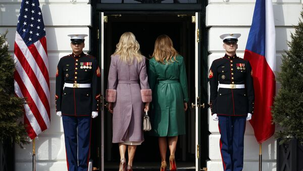 Monika Babisova, wife of Czech Prime Minister Andrej Babis, left, and first lady Melania Trump walk into the White House, Thursday, March 7, 2019, in Washington - Sputnik Ελλάδα